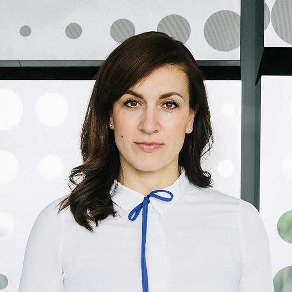 Portraitfoto von Magdalena Rogl