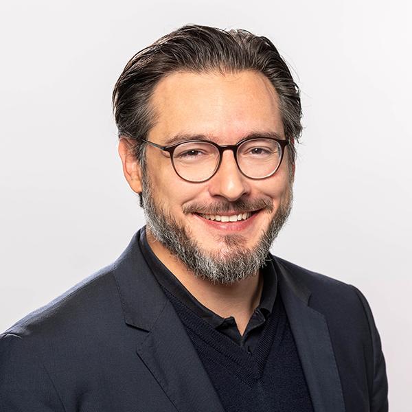 Portraitfoto von Prof. Dr. Sami Haddadin
