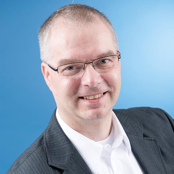 Portraitfoto von Dr. Wieland Holfelder