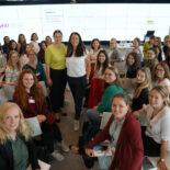 Gruppenbild der Teilnehmer*innen des Life Design Workshops - in der Mitte Judith Gerlach