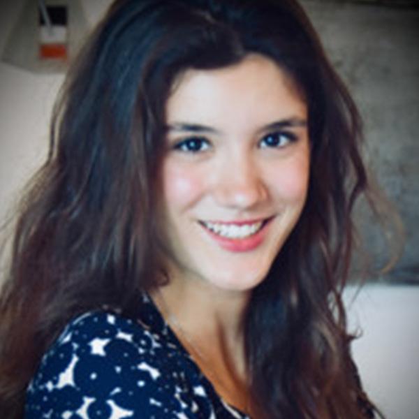 Portraitfoto von Giuliana Barrios Dell'Olio