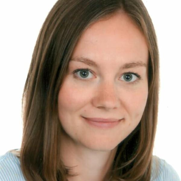 Portraitfoto von Katharina Schanderl