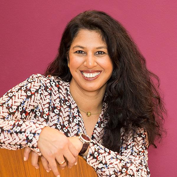 Portraitfoto von Deepa Gautam-Nigge