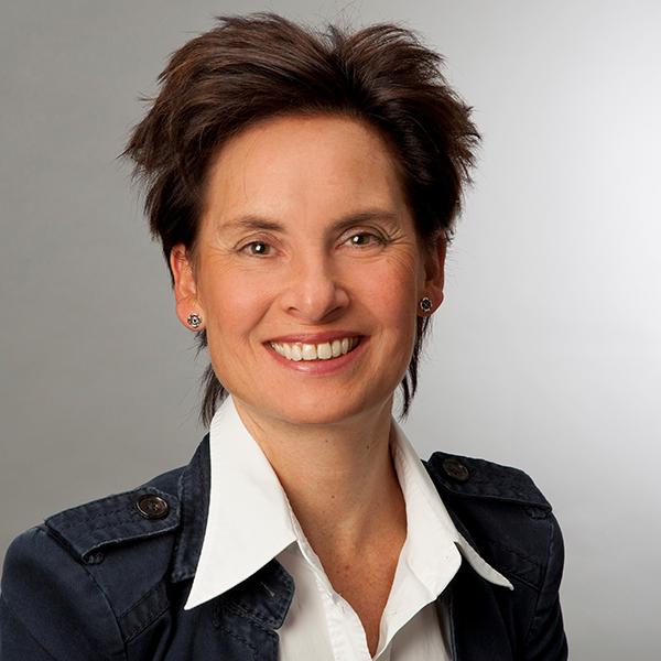 Portraitfoto von Steffi Brauer
