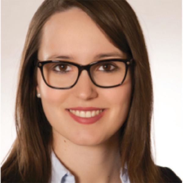 Portraitfoto von Sarah Dörner