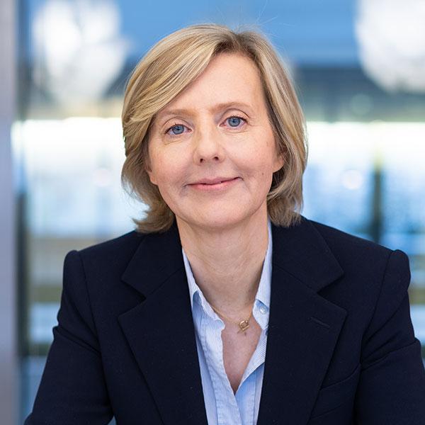 Portraitfoto von Marianne Janik