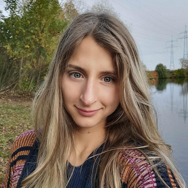 Portraitfoto von Franziska Lindner