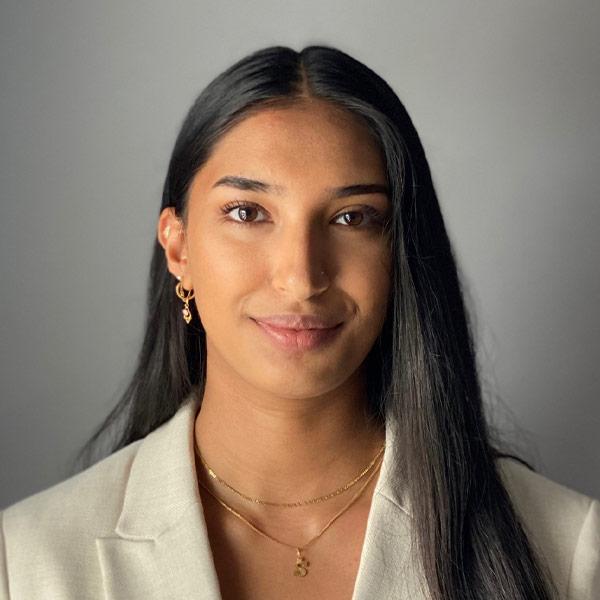 Portraitfoto von Shiyaana Jeyapalan