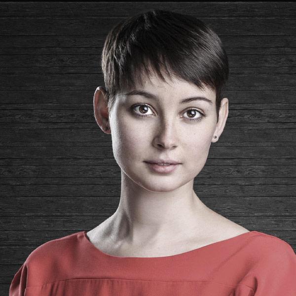 Portraitfoto von Sonja Hummel